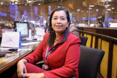 Guadalupe Llori pide la renuncia a funcionariosde la Asamblea - Noticias de Ecuador