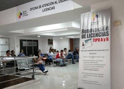 Descuentazo del 50% en renovaciones de licencias para buenos conductores - Noticias de Ecuador